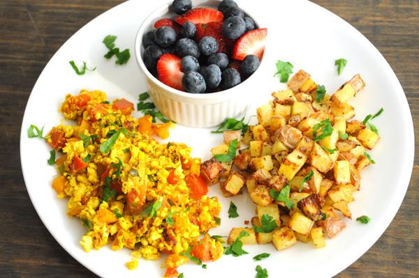 Big-Vegan-Breakfast-Plate