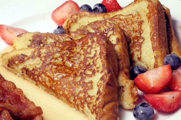 vegan-french-toast-breakfast